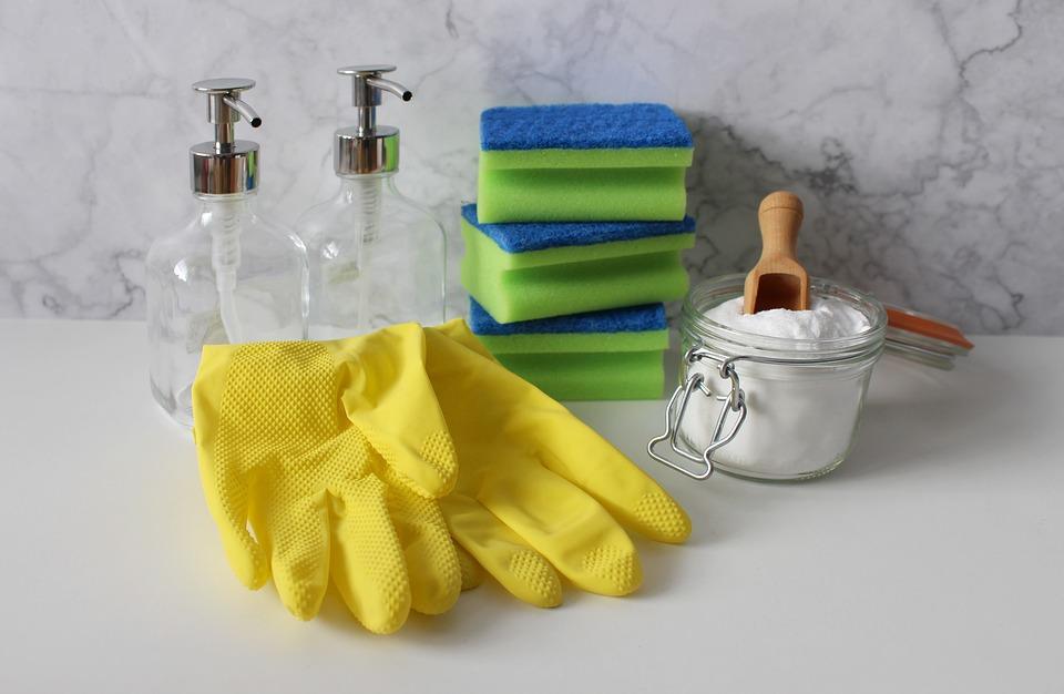 Пролетно почистване ръкавиците предпазват